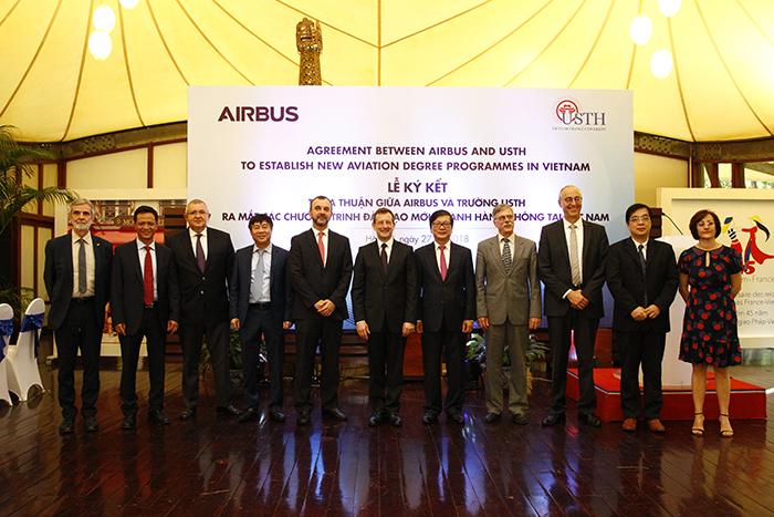 USTH, Airbus jointly hold launching ceremony of new aviation training programs